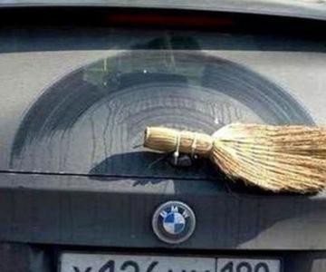 Top 15 de reparaciones de coches graciosas