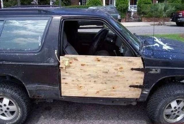 puerta a medida coche