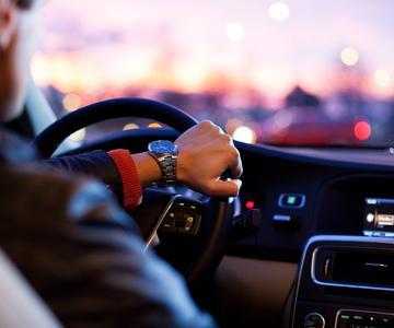 Estar soltero sale caro a los conductores